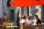La Vie est Belle - café & galerie Les Brouzils