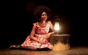 Spectacle Africa 2020 - Spectacle Seule en scène « Je demande la route » - Roukiata Ouedraogo
