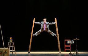 Spectacle Circus Incognitus