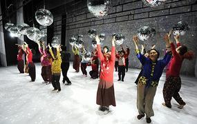 Spectacle Dancing Grandmothers / Eun-Me Ahn (Corée du Sud)