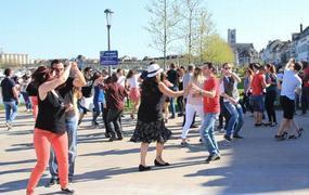 Danse sur les Quais