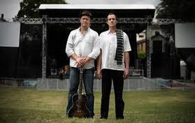 Concert Mountain Men + Nous, Christine F