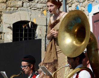 Ils Scènent & Les Symphonies d'Automne présentent Ginger Brass Experiment