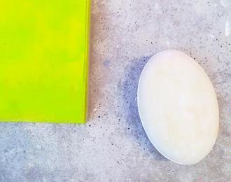 Installation de monochromes de Vanesa Wallet Hardi