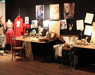 La Galerie Des Irréels