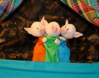 Les 3 Petits Cochons (1-5 Ans)