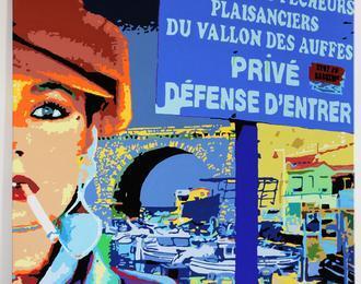 Marseille colors city n/b