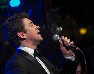 Merryy Christmas In Jazz Avec Denny Ilett
