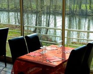 Restaurant / pub / concert Cote Lac Ollainville