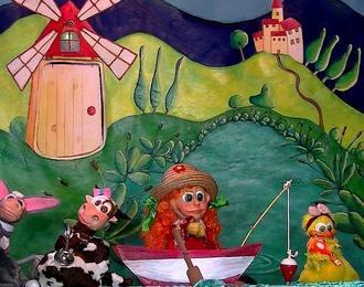 Spectacle de marionnettes: Petitou à la pêche