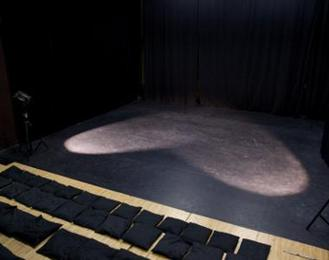 Tim théâtre de l'institut de la marionnette Charleville Mezieres