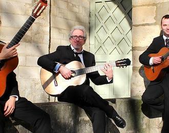 Trio LLomarisse