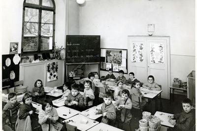 Visite De Ville - Enfance Et Scolarité : Les Écoles Moûtiéraines à Moutiers