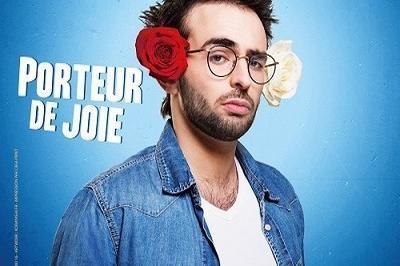 Felix Dans Porteur De Joie à Paris 3ème