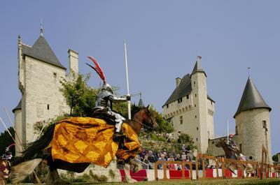 Joutes Equestres au Rivau à Lemere