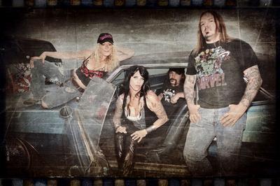 Nashville Pussy + Johnny Mafia à Chelles