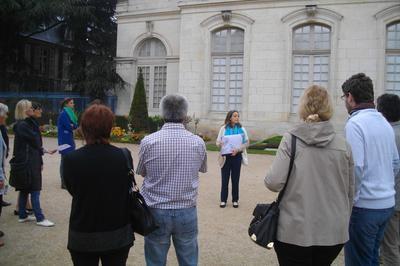 800 Ans D'histoire Aux Pieds De La Cathédrale à Bourges