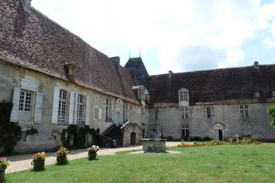 À La Découverte De Ce Château Du Xvie Siècle à Saint Crepin de Richemont