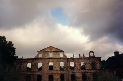 A La Découverte De L'abbaye... à Kerpert