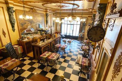 A La Découverte Du Café De La Loge à Salses le Chateau