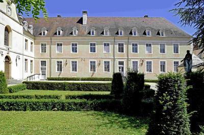 A La Découverte Du Patrimoine Historique De L'hôpital Sainte Reine D'alise, Bâti Au Siècle De Louis Xiv à Alise sainte Reine