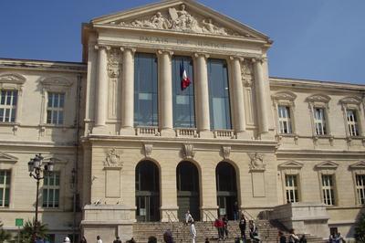 À Nice, La Justice En Ses Palais
