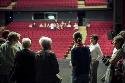 À Vous D'être Dans Les Coulisses Du Théâtre De Cornouaille ! à Quimper