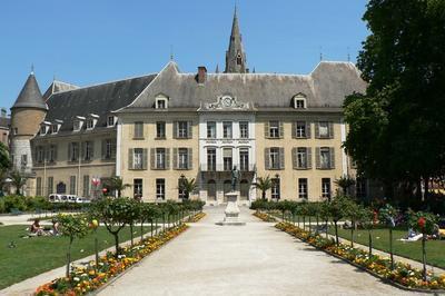 Ancien Hôtel De Lesdiguières à Grenoble