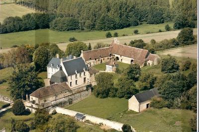 Ancien Site Fortifié Xvi-xvii Ème Siècles à Sarge sur Braye