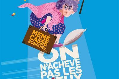 Anne Cangelosi Dans On N'Achève Pas Les Vieux à Avignon