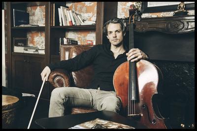 Le violoncelliste Antoine Pierlot donnera les trois premières suites de J.S. Bach à Veyrines de Vergt