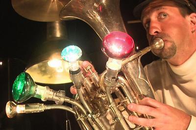Artisan musicien à Yvre l'Eveque
