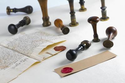 Atelier Sceaux Et Cachets Aux Archives à Besancon