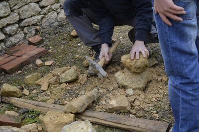 Ateliers En Lien Avec Le Bâtiment (lauze, Dallage, Taille De Pierre, Ouvrage En Moellons) à Sarlat la Caneda