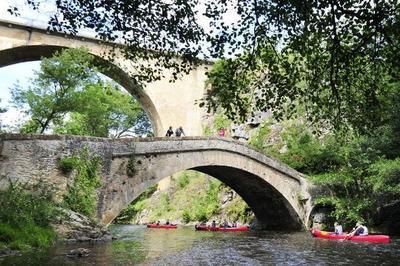 Au Chevet Des Ponts - Partage De L'histoire à Pierre Perthuis
