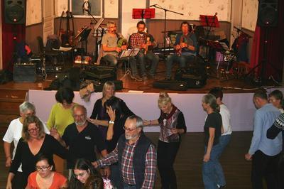 Bal Folk à Crillon