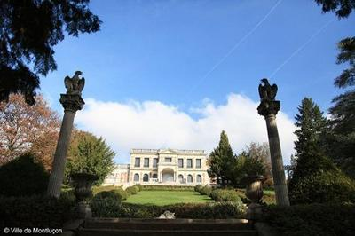 Balade Contée Nocturne Au Château De La Louvière. à Montlucon