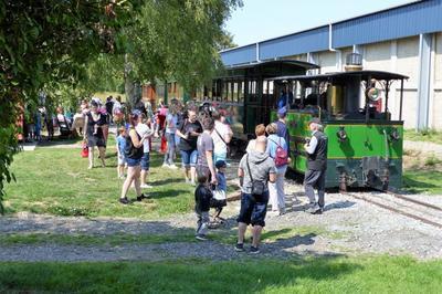 Balade en train vapeur à Crevecoeur le Grand