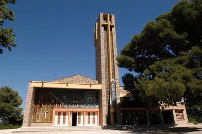 Balade Surprise Autour De L'église Notre-dame De Consolation à Hyeres