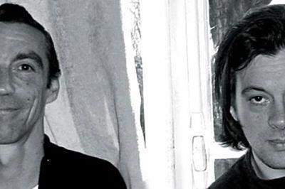 Benjamin Biolay rend hommage à Hubert Mounier à Lyon