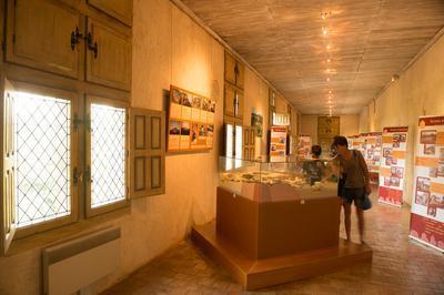Carennac : Exposition  « Qu'est-ce Que L'architecture Rurale Du Lot ? »