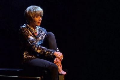 Caroline Loeb dans Françoise par Sagan à Dampierre en Burly