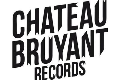 Château Bruyant Party: Tambour Battant, Niveau Zéro, The Unik à Bagnols sur Ceze