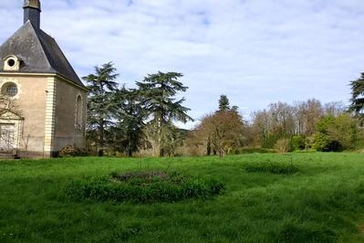 Château De Montsabert à Coutures