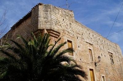 Château Médièval à Creissan
