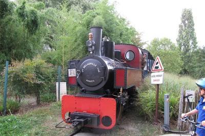Chemin De Fer Des Chanteraines - Trains En Ligne à Villeneuve la Garenne
