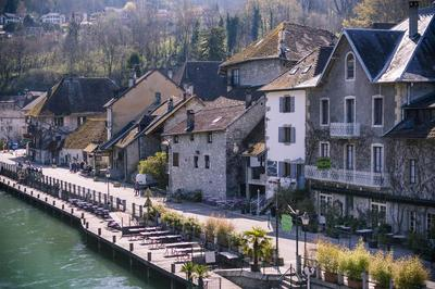 Circuit Au Coeur Du Site Historique. à Chanaz