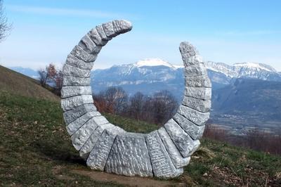 Circuit « Sculptures Aux 4 Vents ». à Vatilieu