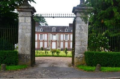 Circuit Pédestre 3 Chateaux Et 3 Églises à Saint Crepin Ibouvillers