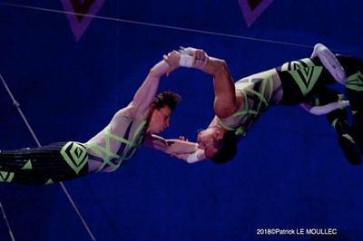 Cirque nicolas zavatta douchet  à Cholet